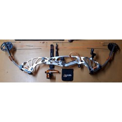 Hoyt Compound Bow Prevail 37 Target USED KIT*